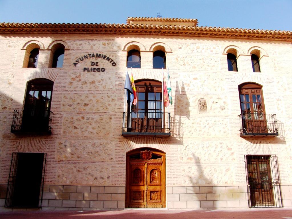 El Ayuntamiento consigue atraer a Pliego un nuevo programa de empleo para jóvenes con una subvención de 118.450€