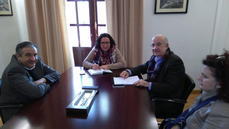 ENTREVISTA CON EL VICERRECTOR DE FORMACIÓN E INNOVACIÓN Y CON EL CATEDRÁTICO DE HISTORIA MODERNA DE LA UMU (25/01/2017)