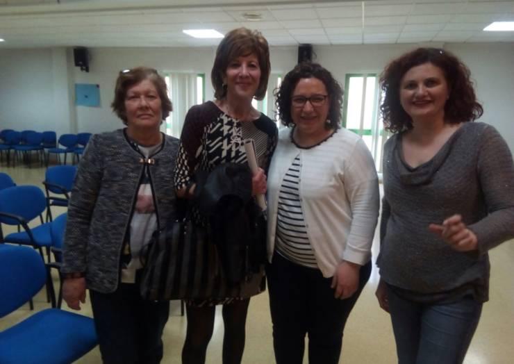 """Conferencia sobre el """"Aspecto emocional y apoyo a la familia de la persona con cáncer"""". (05/04/2017)"""