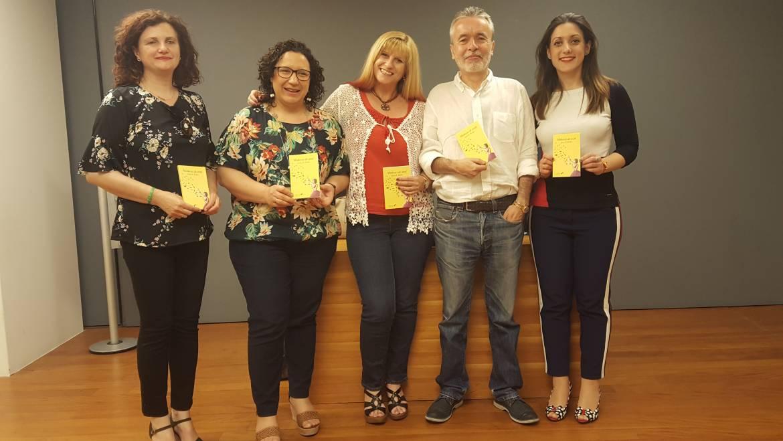 """Presentación de la colección """"Sustantivas"""" en el Aula de Cultura de Cajamurcia."""