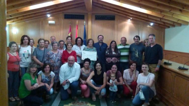 5.206 euros recaudados en la Carrera Solidaria de Pliego a beneficio a la Asociación Española Contra el Cáncer.