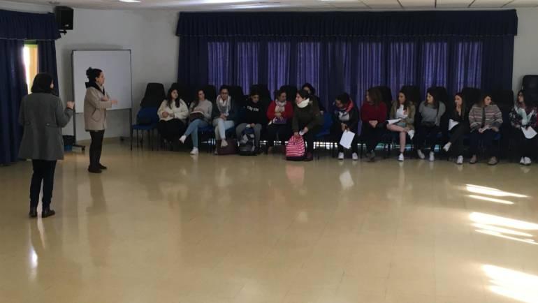 """Visita del Centro Sociocultural por alumnos Ciclo Formativo Grado Medio """"Técnico de Atención a Personas en Situación de Dependencia"""""""