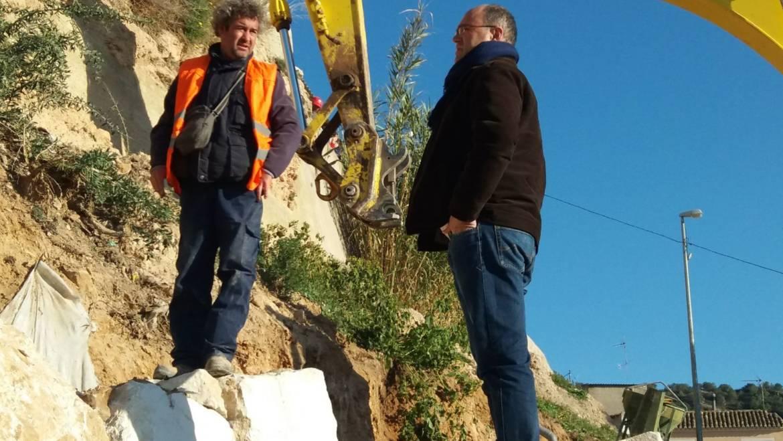 Comienzan las obras del talud de Saavedra Fajardo y el camino del cementerio