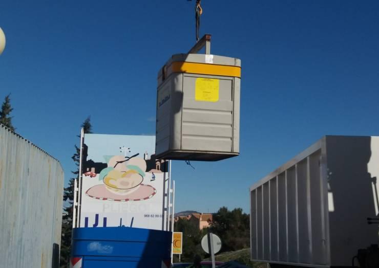 El Ayuntamiento ha instalado 22 contenedores amarillos para el reciclaje de envases de plástico