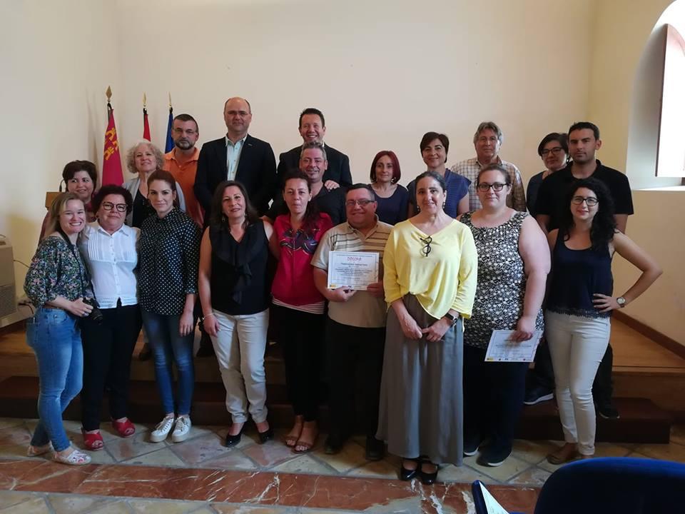 El alcalde de Pliego clausura el programa 'Prolaboral' que ha realizado la asociación Proyecto Abraham
