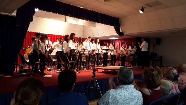 Estupendo concierto de la Banda Escuela y el Coro en el Centro Sociocultural