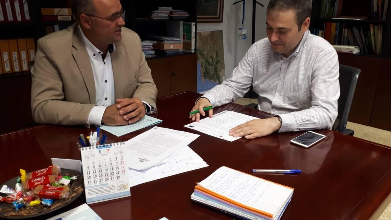 El alcalde se reunió con el Director General de Agua tratando la mejora de caminos y las obras del Plan de Regadíos