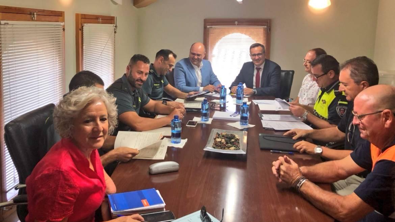Receptividad del Delegado del Gobierno en temas de seguridad y cuestiones de infraestructuras para el agua