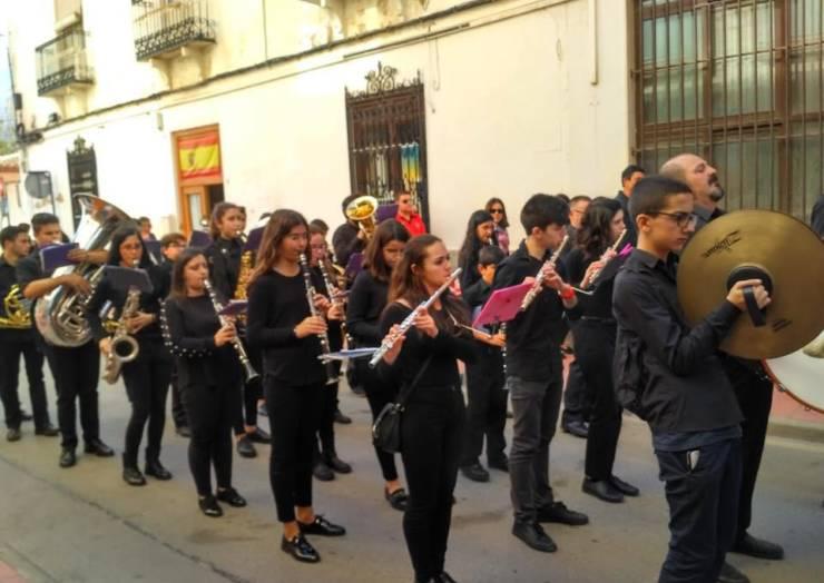 La Agrupación Musical Nuestra Señora de los Remedios de Pliego celebró el Día de la Federación de Bandas
