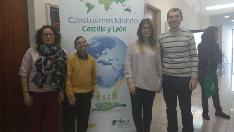 """La pleguera Teresa Cifuentes participó en el encuentro """"Construimos Mundo"""" en Valladolid"""