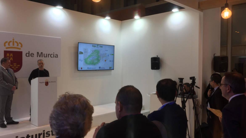 Sierra Espuña ha presentado en FITUR una iniciativa de ecoturismo para fomentar la práctica del senderismo