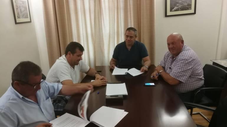 Firmado el convenio de cesión de la calle y suelo necesario para la construcción del nuevo Colegio