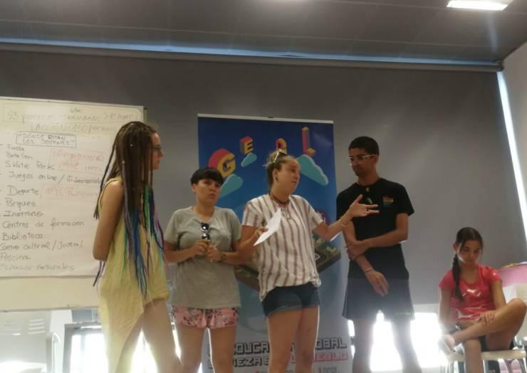 Cuatro jóvenes plegueros participaron en el encuentro de verano del programa europeo GEGL