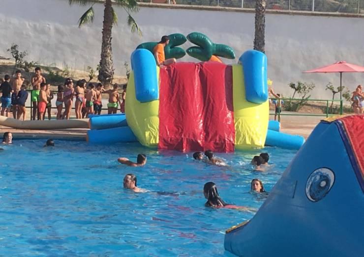Se realizó la divertida Fiesta del Agua en Pliego