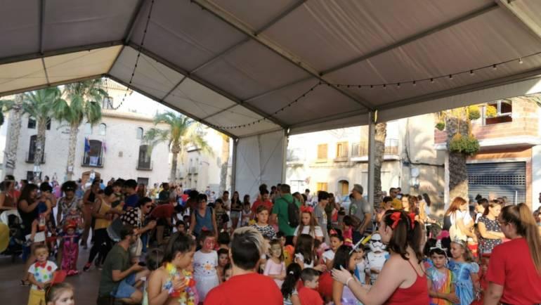 Diversión y colorido en el Gran Baile Infantil de disfraces