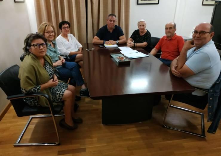 Buena sintonía en la reunión que mantuvo el alcalde con la Plataforma 'Pliego por su cine'