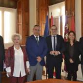 La Universidad de Murcia y el Ayuntamiento de Pliego regulan el funcionamiento de la sede permanente en el municipio